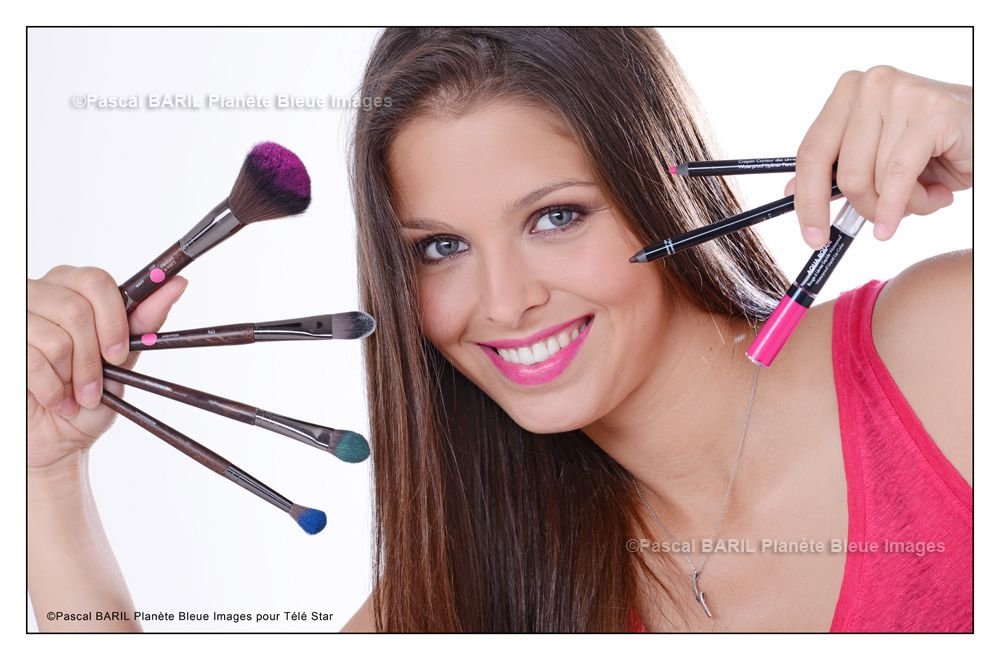 Reportage en studio : Prod Beauté maquillage pour Télé Star ©photos Pascal BARIL Planète Bleue Images (reproduction interdite sans autorisation)