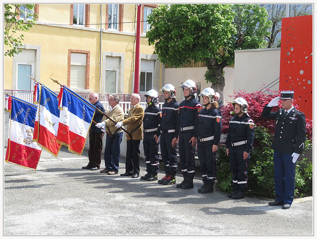 Saint André les Alpes : Quelques rayons pour une commémoration