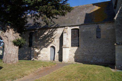 Eglise Notre-Dame de Louvières, classée aux monuments historiques (Liste de 1840.)