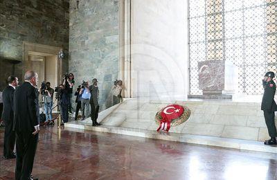 Méditerranée orientale. Erdogan s'en prend aux dirigeants grecs et français, « cupides et incompétents »