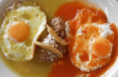Le petit déjeuner des Mexicains parfois digne de Pantagruel! 2ème service...