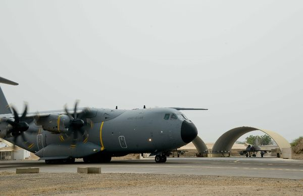 La Direction Générale de l'Armement réceptionne le 7ème A400M français