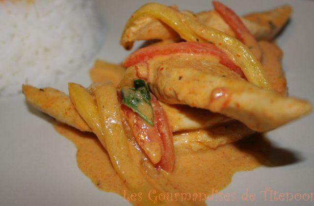 Poulet ou Tofu à la pâte de Curry Rouge