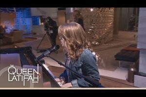 "Anna Christine, 10 ans (America's got Talent - 2013)/ ""House of the rising Sun"""
