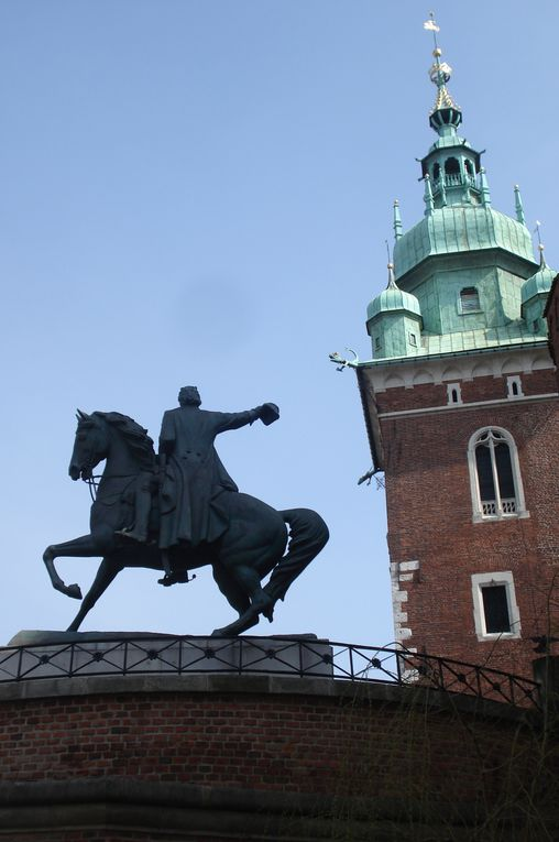 BUDAPEST-CRACOVIE