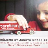 LES CARTES POSTALES - car-collector.net