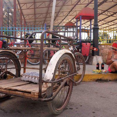 Oxkutzcab, Mexique à vélo 23 Mars 2017. L'énigme du jour : 50 km à 20 km/h en moins de deux heures, réponse demain.