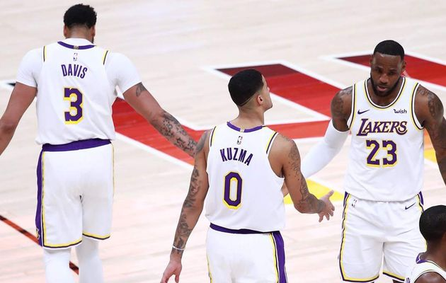 Les Lakers marchent sur Salt Lake City