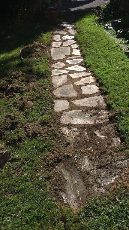 Algunas de las obras de jardinería de esa primavera-verano: arrancar seto, podar árboles, construir senderos, limpiar malezas