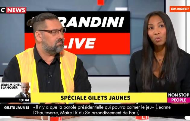 """Gilets jaunes - Invitée de """"Morandini Live"""", une habitante du quartier des Champs Elysées pousse un coup de gueule en direct contre les casseurs"""