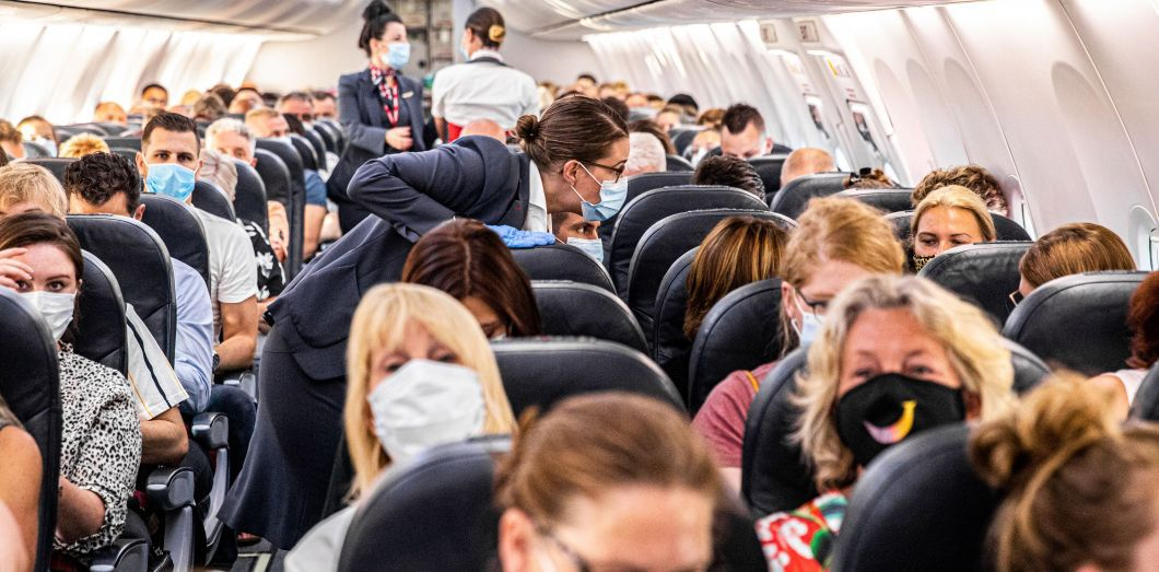 Obligations pour les passagers aériens et maritimes au sein de l'espace européen