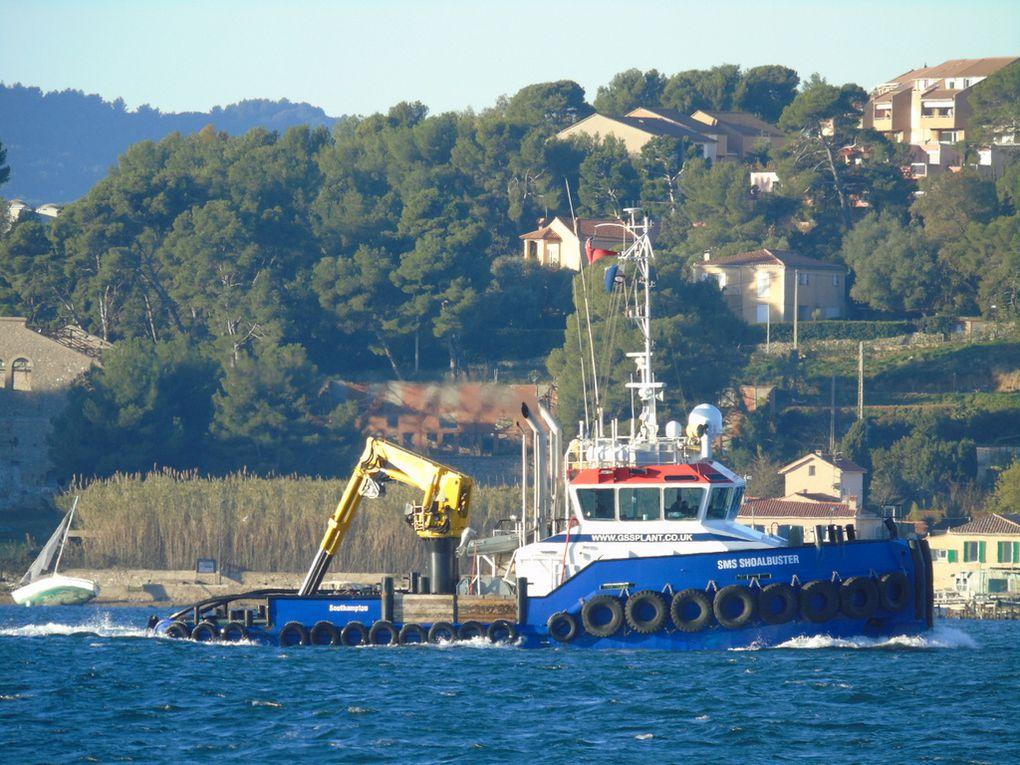 SMS SHOALBUSTER  , en petite rade de Toulon et se dirigeant vers la Seyne sur Mer le 24 décembre 2016