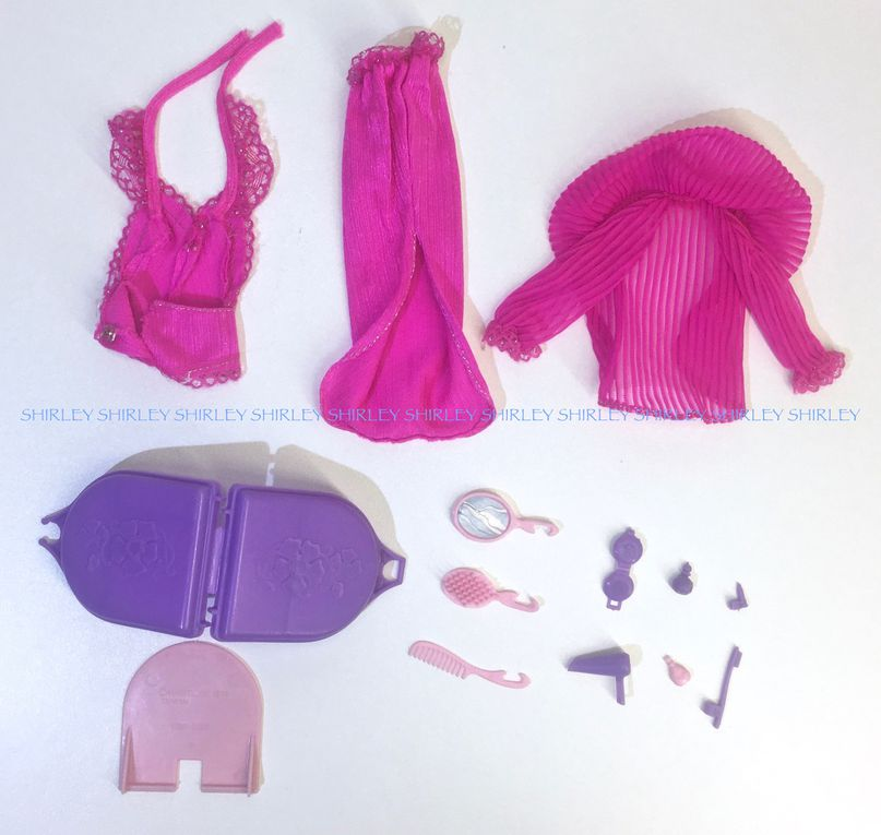 """BEAUTY SECRETS"" BARBIE DOLL CLOTHES 1979 MATTEL #1290"