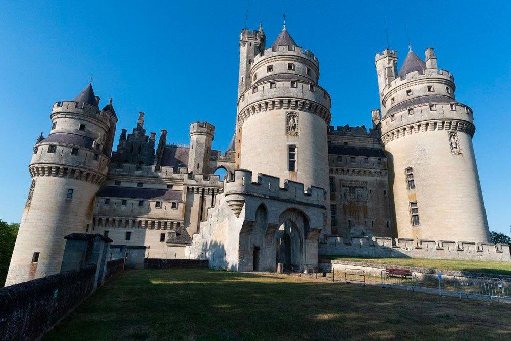 """""""Pierrefonds : La résurrection d'un château"""", documentaire inédit ce soir sur RMC Découverte"""