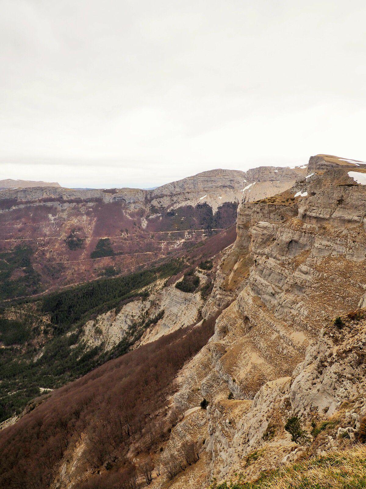 Tour de l'alpage de Font d'Urles par les cretes, Vercors, Drome, Bouvante.