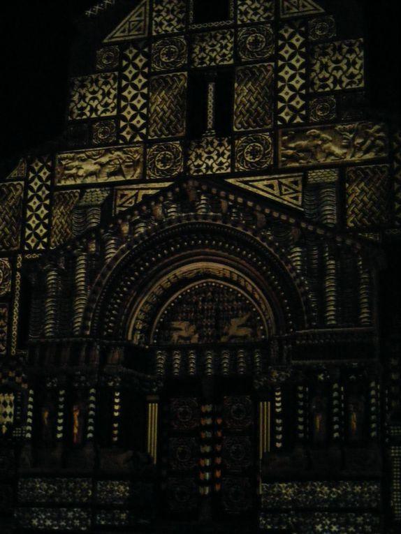 Album - Photos: Arles, spectacle de lumieres