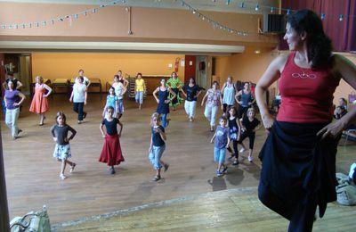 Cours de danses sevillanes : Une rentrée prometteuse à Montcaret
