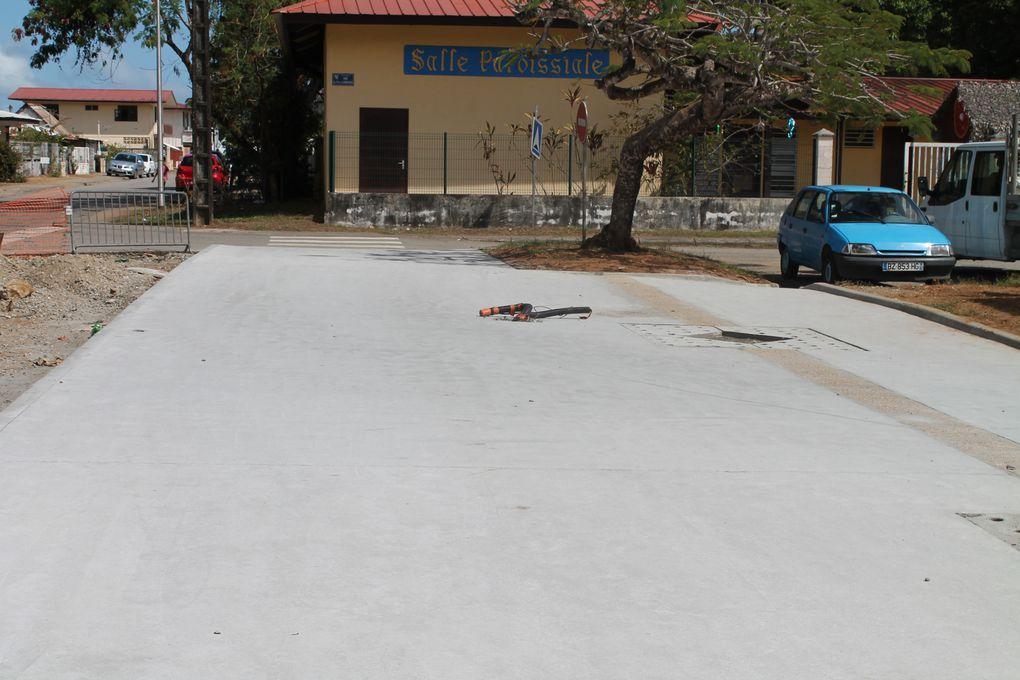La réfection et la création des voies et des places dans la Ville de Kourou a permis le recrutement d'un public en difficulté.