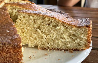Gâteau tout simple à la crème fraîche