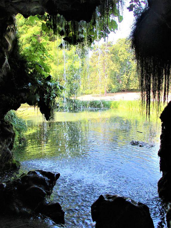 ~ Grotte et fontaine artificielles de Barbieux ~