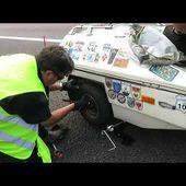 Goldwing Unsersbande - changer une roue d'une remorque squire en 3 minutes