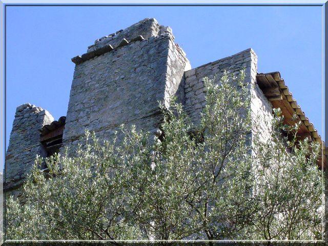 Diaporama château de ROQUEVAIRE - Sauve