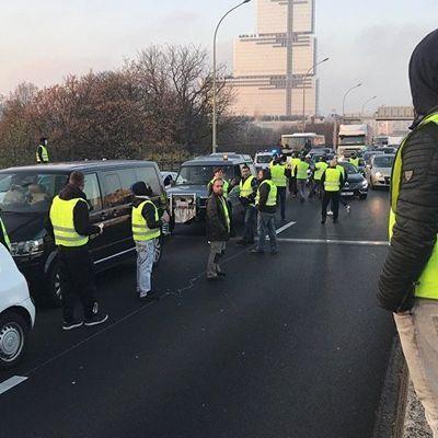 4 «gilets jaunes» condamnés à 4 mois de prison ferme pour violences contre la police