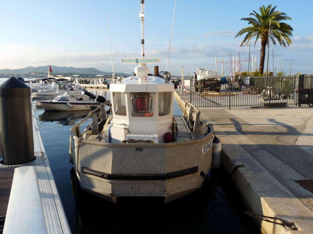 L' ESPADON , a quai dans le port de Sanary sur Mer le 08 septembre 2018