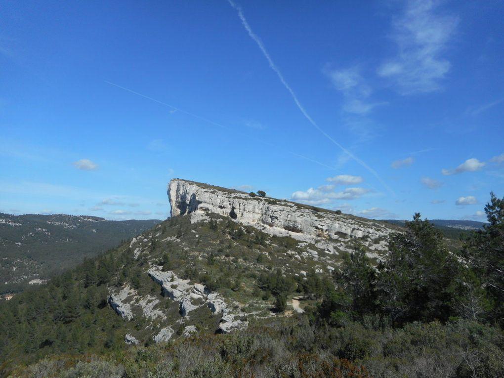 Du « Baou de la Saoupe », la Couronne de Charlemagne à Cassis.1er Mai 2017