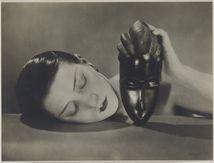 Man Ray et la mode, l'univers féminin