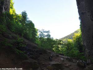 Le ciel depuis le porche de la grotte Sarrasine.