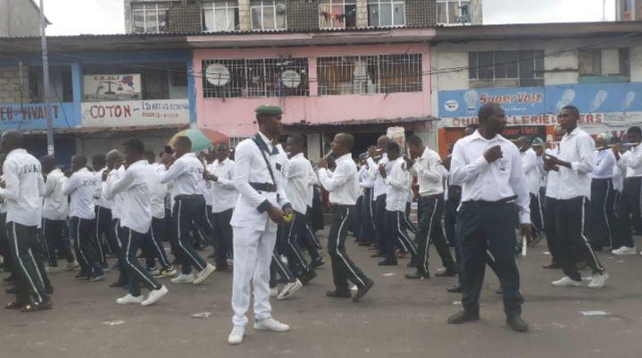 Centenaire du kimbaguisme, des centaines de fidèles dans les rue de Kinshasa
