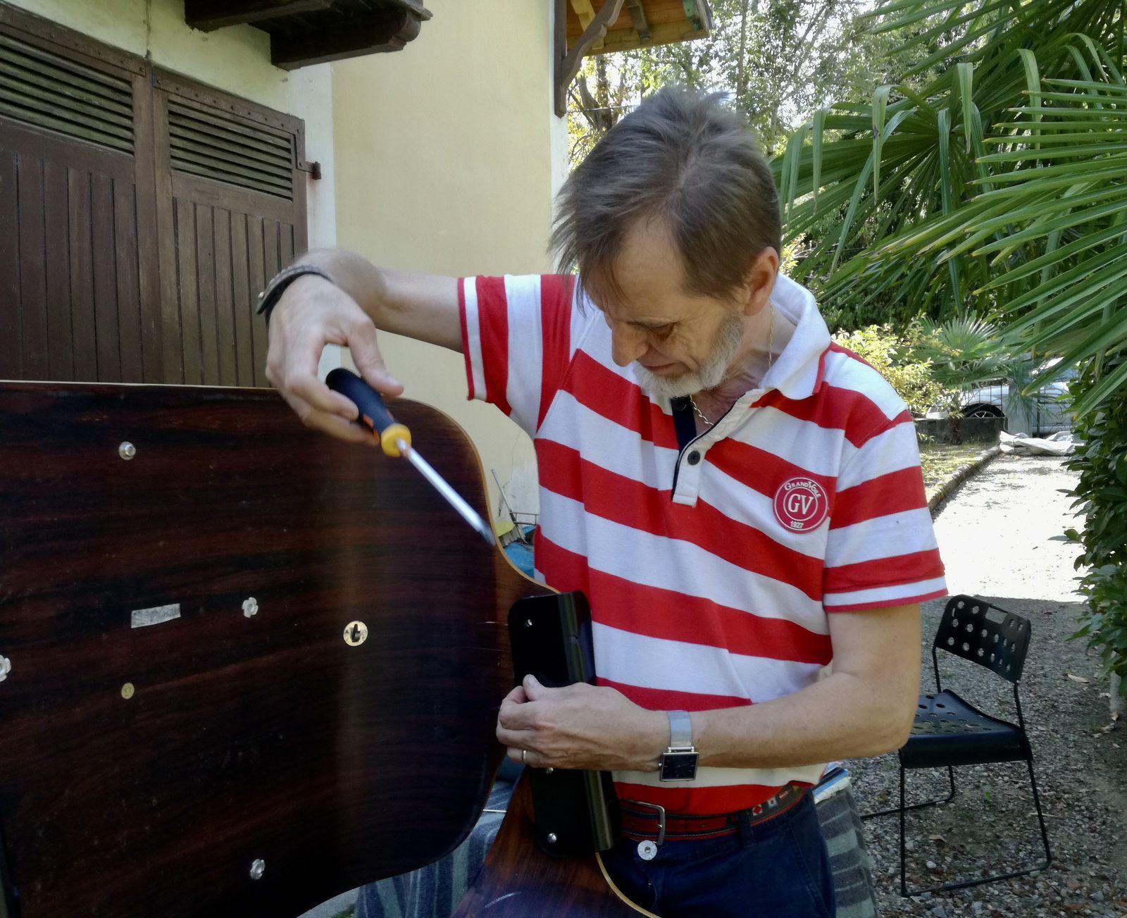 Démontage fauteuil Eames - Atelier Hafner