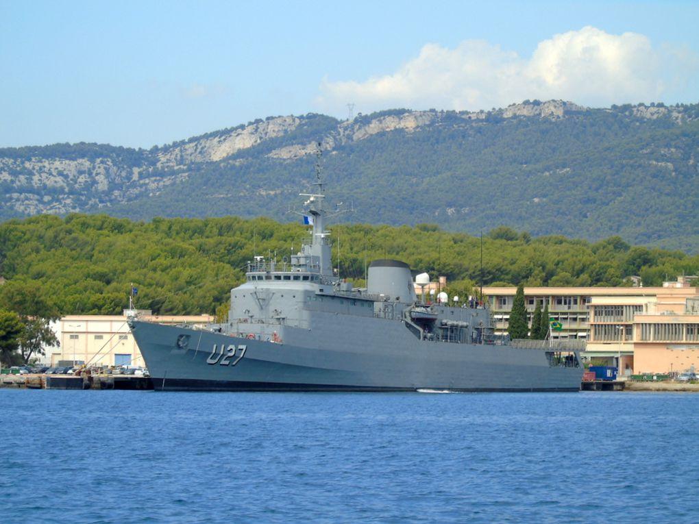 BRASIL  U27 ,  Frégate , transformé en navire école de la marine brésilienne , à quai dans la base navale de Toulon le 04 septembre 2018