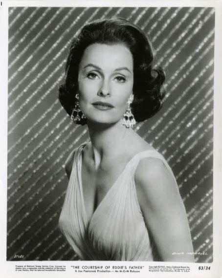 Merrill Dina