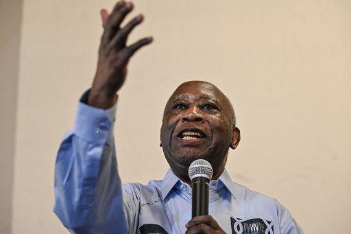 («Un des Gyroscopes, président, «Prof-Chercheur», Laurent Gbagbo a dit LEGITIMISTE. Le légitimisme, indique les Partisans d'une dynastie considérée comme seule légitime. Donc le légitimisme est un mouvement politique favorable au rétablissement de la royauté. Bon ! Peut-être, une fois le pouvoir d'état acquit, ceci explique cela en côte d'ivoire. Donc Citoyen ! Cherchons-le,  ce pouvoir d'état ivoirien, puis tout vient avec, y compris la royauté, « après ya-folli !!! »)