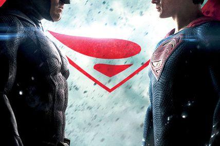 Man Of Steel + Batman V Superman : L'Aube De La Justice de Zack Snyder avec Henry Cavill, Ben Affleck, Gal Gadot, Amy Adams et Lawrence Fishburne.