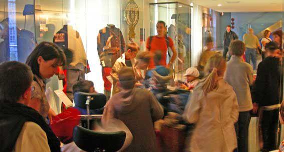 visite par les C.M.2 du musée des invalides