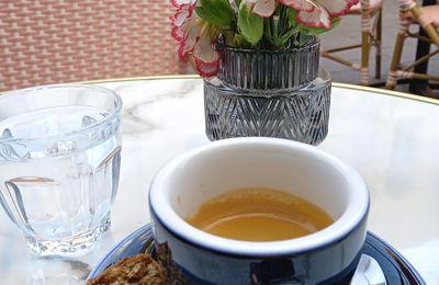 Vue terrasse de café
