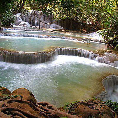 Gilles et Geneviève en voyage au Laos