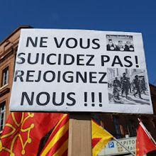 """Information biaisée : """"Ne vous suicidez pas!"""", l'autre appel des Gilets Jaunes aux forces de l'ordre. Par Karine Béchet Golovko."""