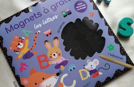 S'amuser et apprendre les lettres avec les magnets à gratter  Gründ