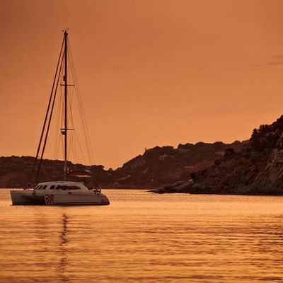What are the Attractions to Explore with a Cuba Yacht Charter?