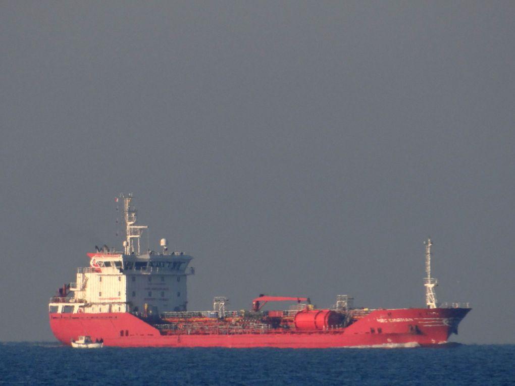 MRC EMIRHAN , arrivant et au mouillage dans le golfe de Fos sur Mer le 21 avril 2015