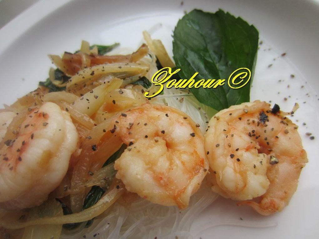 Crevettes au basilic thaï