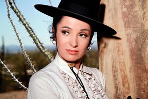 Linda Cristal, Who Starred in 'High Chaparral,' Dies at 89