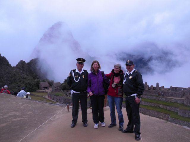 Le Machu Picchu - le plus haut sommet  de la Cordillère : la Veronica (5750m) - Diaporama!