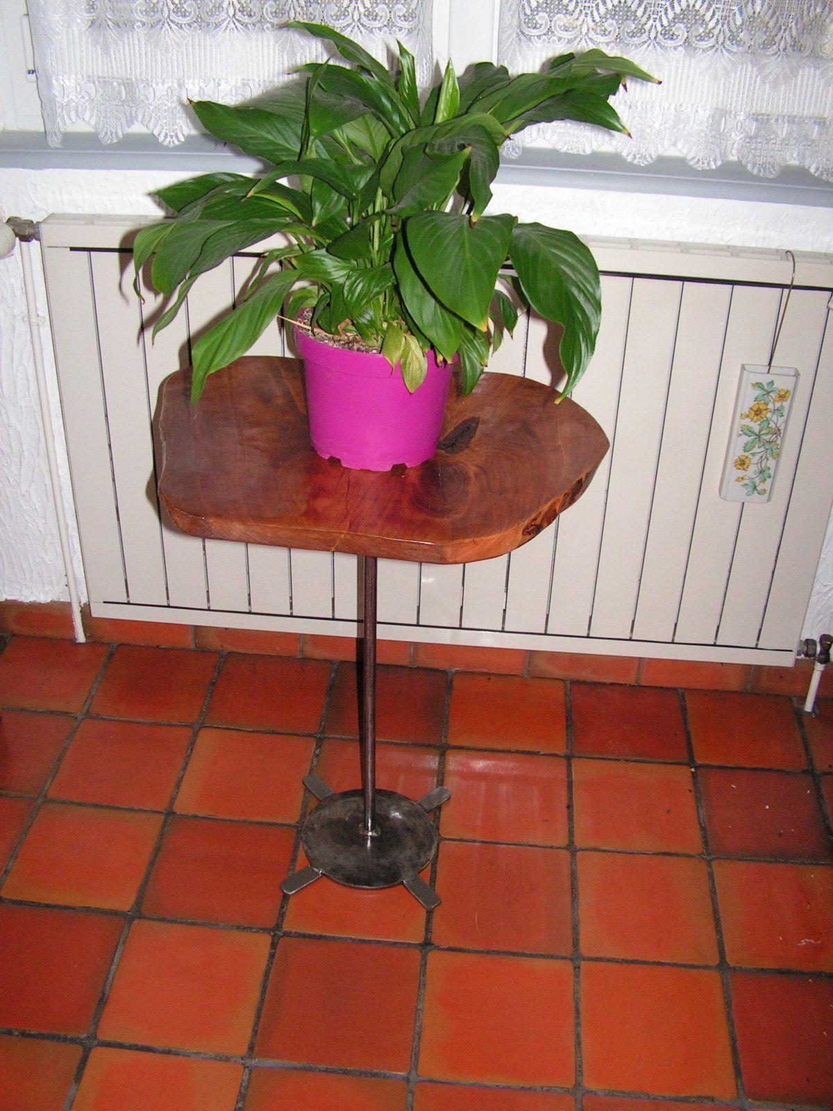 Petite table haute pour Charline