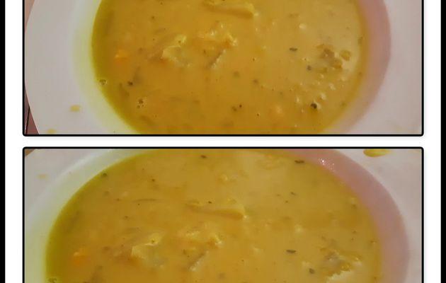 Soupe de pois chiche au curry