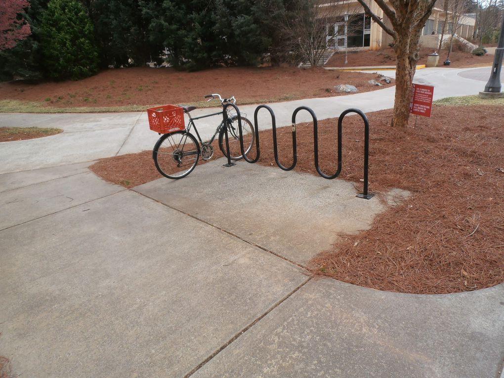 Recyclage, bicyclette : l'université se met au vert en permanence. A differents niveaux, le concept de durabilité fait partie de notre stratégie.